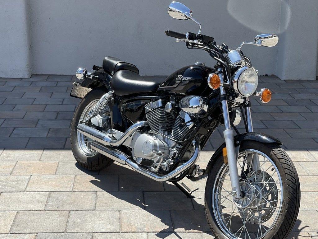 Photo Used 2018 Yamaha Cruiser Motorcycle  $3995