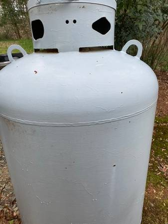 Photo 120 Gallon Propane Tank - DOT-4BW240 - $150 (Bon Air)