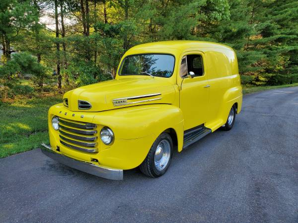 Photo 1949 Ford Panel Truck - $43500 (Warminster)