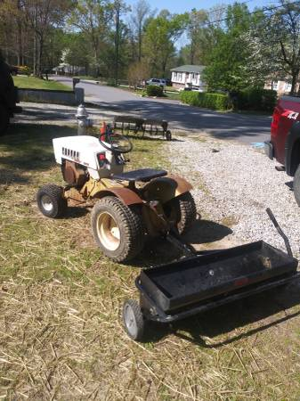 Photo 1970 Sears Tractor with attachments - $375 (Chester)