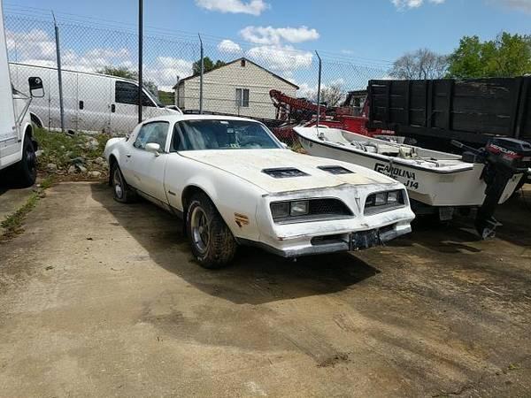 Photo 1977 Pontiac Firebird - $950 (Richmond Virginia)
