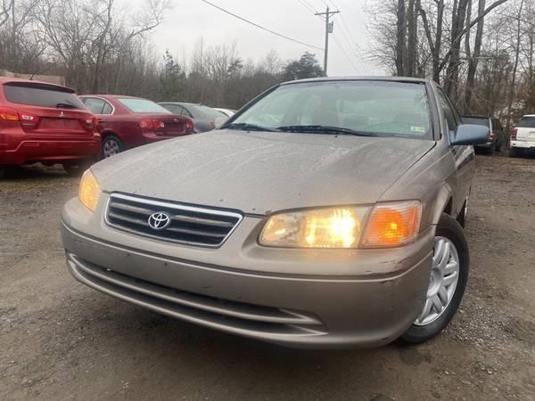 Photo 2000 Toyota Camry LE New VA inspection Runs great - $2,399 (Spotsylvania)