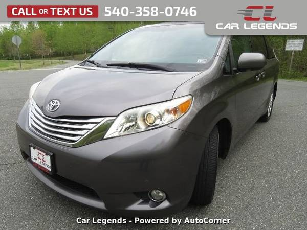 Photo 2011 Toyota Sienna SPORTS VAN - $11995 (_Toyota_ _Sienna_ _Mini-Van_)