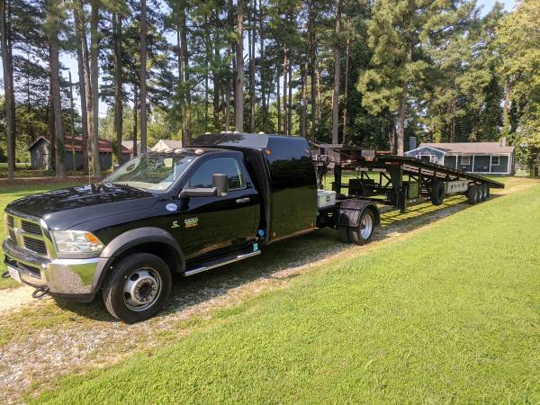 Photo 2012 Dodge ram 5500 and 2013 Down to Earth 3 car hauler - $29,900 (Lancaster)