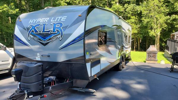 Photo 2017 XLR Hyperlite 26 HFS Toy Hauler - $28500 (Chesterfield)