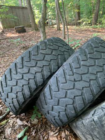 Photo 29565r20 nitto trail grapplers - $100
