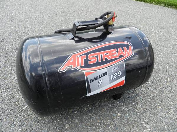 Photo Airstream 7 Gallon 125 PSI Air Tank - $45 (Richmond)