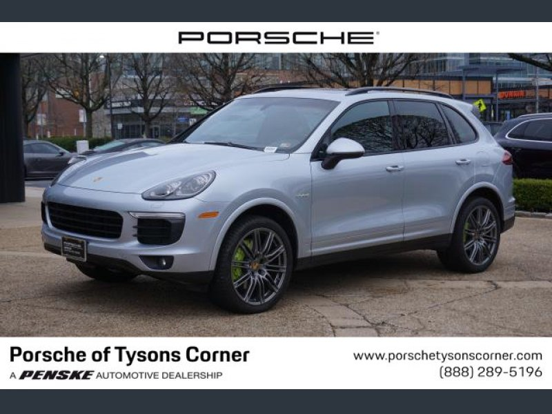Photo Certified 2017 Porsche Cayenne S Platinum Edition E-Hybrid for sale