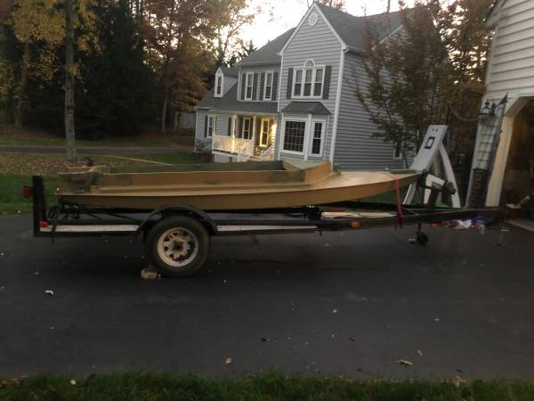 Photo Custom mini skiff price negotiable COMES WITH 12-18ft trailer - $855 (Atlee)