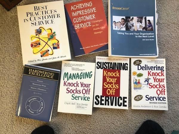 Photo Customer Service Books - $20 (Richmond)