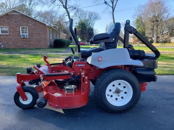 Photo Exmark Laser Z Commercial Mower - REDUCED - $6,000 (Ashland)
