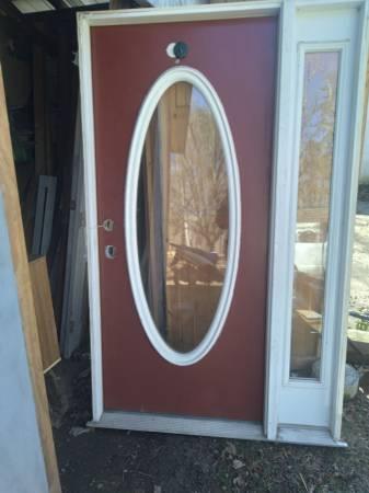 Photo Exterior entryway door with sidelight window in full frame - $350 (Louisa, Gordonsville, Zions Crossroad)