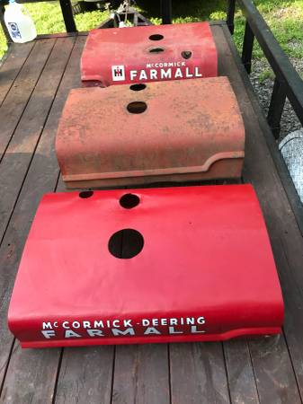 Photo Farmall A Hoods - All Original - $150 (Warrenton , Va)