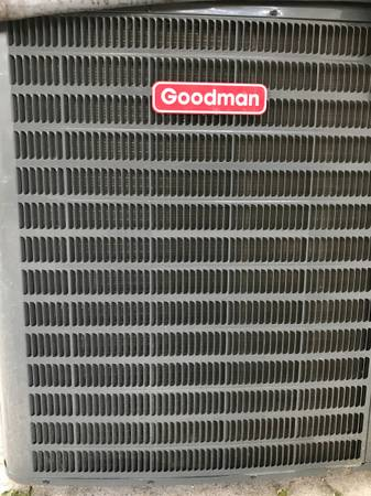 Photo Goodman 4 Ton 16 SEER R410A Straight AC and 4 TOn Air Handler