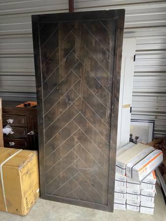 Photo Herringbone Alder Wood 36 x 84 Interior Sliding Barn Door Slab NEW - $200 (Quinton)