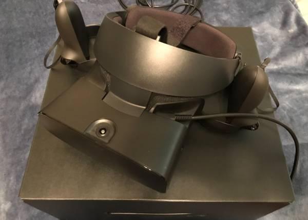 Photo Like New Oculus Rift-S PC VR Headset - $300 (Mechanicsville)