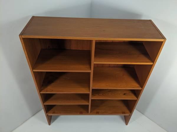 Photo Mid Century Danish Modern Teak Bookshelf, Shelving Wall Unit - $299 (Richmond)
