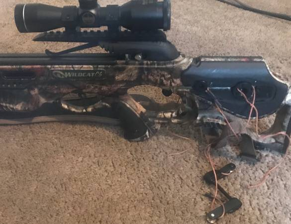 Photo New Barnett Crossbow - $325 (Blackstone va)
