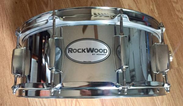 Photo Rockwood 5.5x14 chrome snare drum - $60