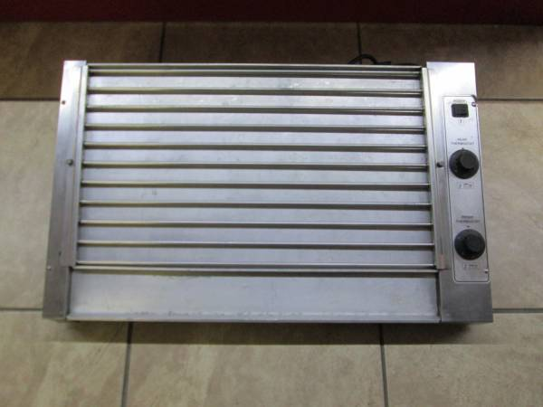 Photo Roundup HDC-50A 50 Hot Dog Roller Grill Slanted Top 120v - $300 (2203 Brook Rd)