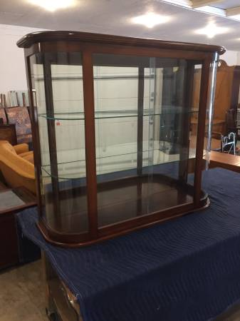 Photo Vintage Bow Front Counter Top CollectibleStore Display - $375 (Rockville)