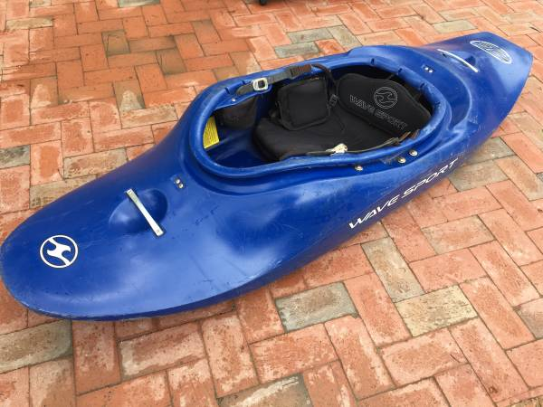 Photo Wave Sport Zero Gravity 48 River Kayak - $275 (Near West End)
