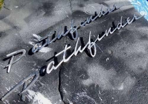 Photo 1957 1958 Pontiac Pathfinder Emblems - $90 (Richmond)