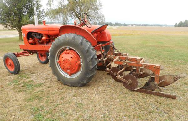 Photo 1957 Allis-Chalmers WD 45 Tractor - $4,900 (New Madison)