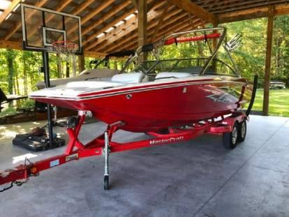 Photo 2004 Mastercraft XStar Very Clean boat Trailer Included. New Interior - $28900