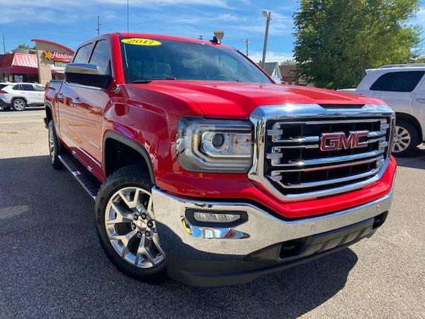 Photo 2017 GMC Sierra Crew Cab Z-71 4WD-Like New-1Owner-Warranty - $42,997 (We have Several Trucks-Special Finance Rates)