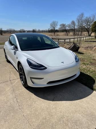 Photo 2019 Tesla Model 3 Dual-Motor AWD Long-Range Fully Self-Driving - $45,000 (Richmond)