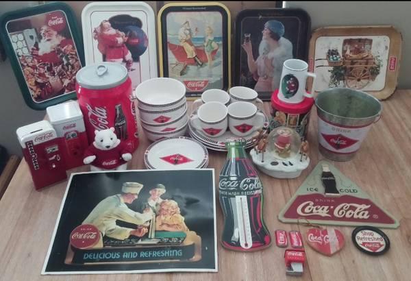 Photo Coca-Cola Collectibles - $99 (Indianapolis)
