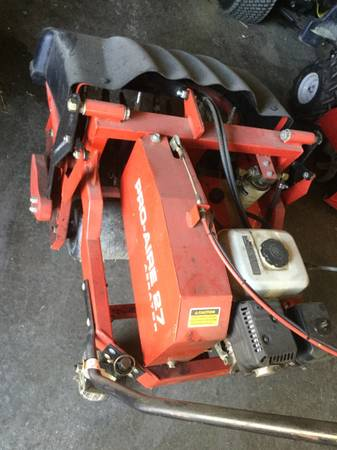 Photo Gravely Pro Air 27 walk behind aerator - $2,500 (Richmond)