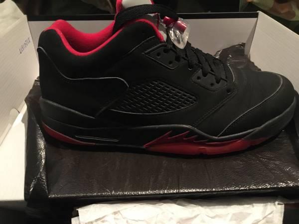 Photo Nike Air Jordan retro 5 lows - $150 (Loveland Milford)