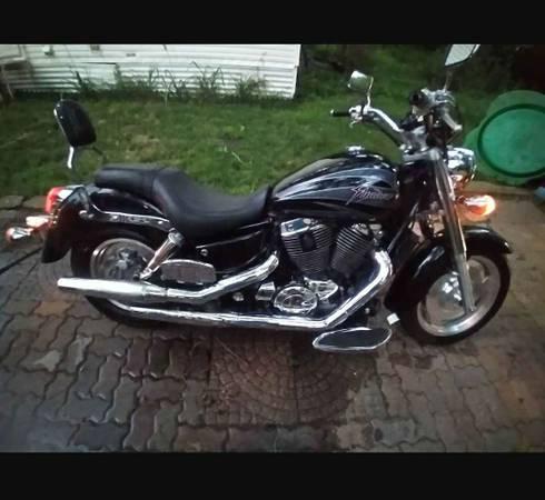 Photo 2001 Honda sabre 1100 or trade for  2500obo - $2,500