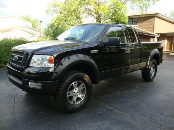 Photo 2004 Ford F150 FX4 (4X4Low MilesExtra Clean1 Owner) - $8950 (Kenosha)