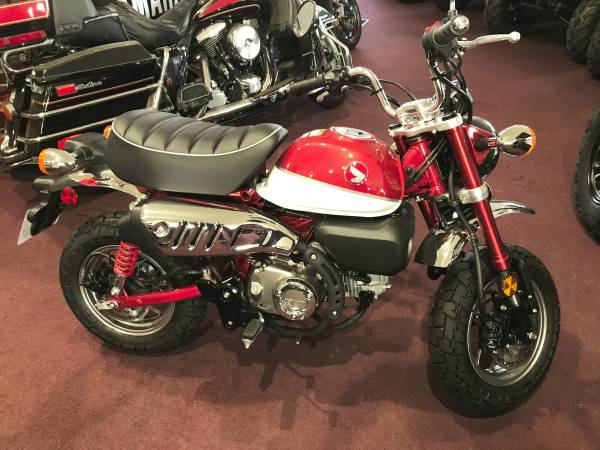 Photo 2020 Honda Monkey Red ABS 0 for 12 Months financing available MSRP - $4,199 (Belle Plaine Motorsports)