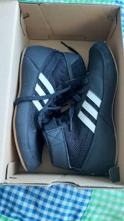 Photo ADIDAS size 2 kids wrestling shoes - $15 (Chatfield)