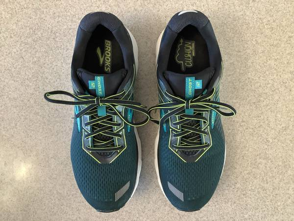 Photo Brooks Ghost 12 Men39s Running Shoes Sz 12 Medium (D) Black Lime Green - $63 (Stewartville)