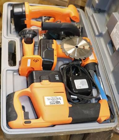 Photo Chicago Tools 18V Sawzall, Drill, Circular Saw and Light - $80 (Albert Lea)