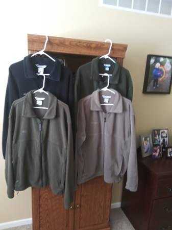 Photo Columbia Fleece Jackets Size XL - $10 (NW Rochester)