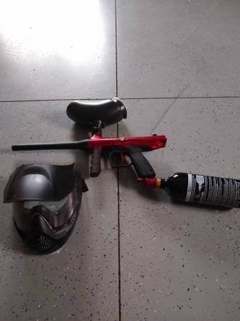Photo Complete Paint Ball Kit - $50 (Red Wing)