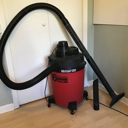 Photo Craftsman XSP 16 Gallon 6.5 Peak HP Wet Dry Shop Vac Vacuum - $65 (owatonna)
