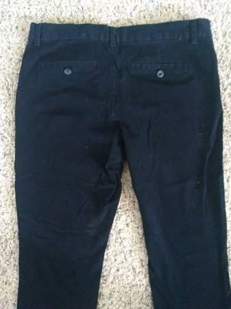 Photo Gap 29 regular skinny jeans - $3 (Elgin)