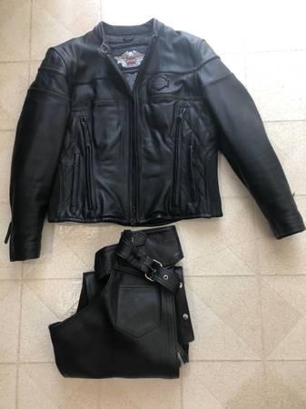 Photo Harley Davidson Women39s Leather Jacket and Chaps - $275 (Racine, MN)