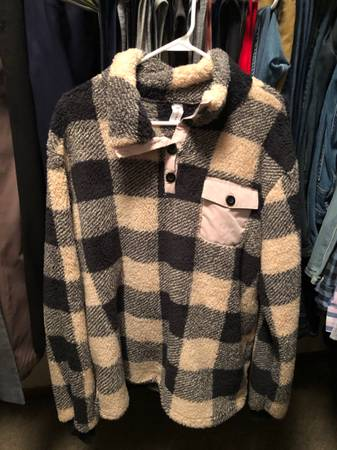 Photo Mens XL Plush Buffalo Plaid Sweater - $21 (Rochester)