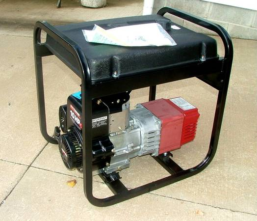 Photo New 5Kw 120240 Coleman Powermate Portable Electric Generator - $280 (Rochester)