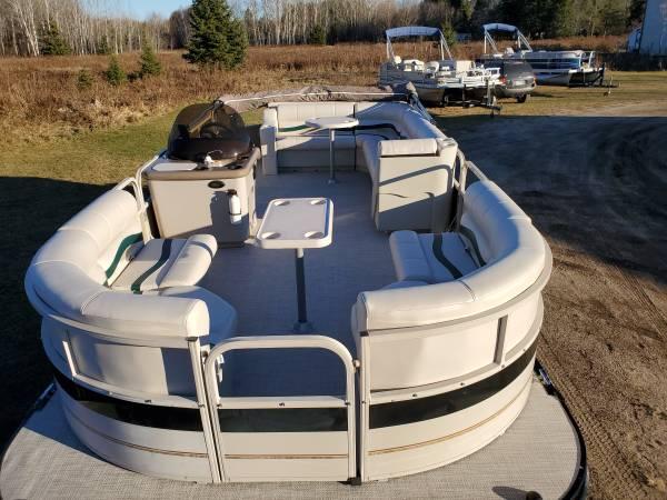 Photo Newly Refurbished 2239 Cruiser Pontoon Boat w 115 HP EFI 4-STROKE Motor - $20,900 (Remer, MN)