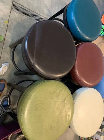 Photo Pier one bar stools 5 different colors 75 for all 5 - $75 (Oronoco)