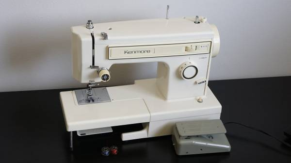 Photo SERVICED SEARS KENMORE 158.1212 SEWING MACHINE FREE ARM SEWS LEATHER - $155 (KASSON)
